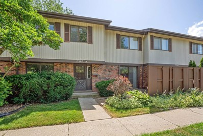7360 Winthrop Way UNIT 2, Downers Grove, IL 60516 - #: 10452752