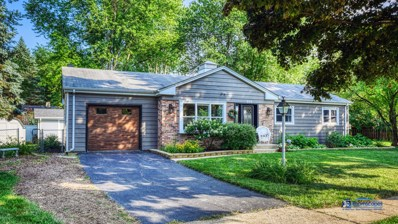 303 Lee Court, Crystal Lake, IL 60014 - #: 10462921