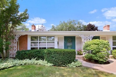 606 Carriage Hill Drive, Glenview, IL 60025 - #: 10485672