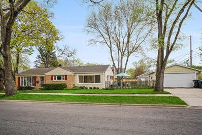2445 Oak Avenue, Northbrook, IL 60062 - #: 10487447