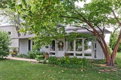 3323 Thornberry Lane, Glenview, IL 60025 - #: 10507823