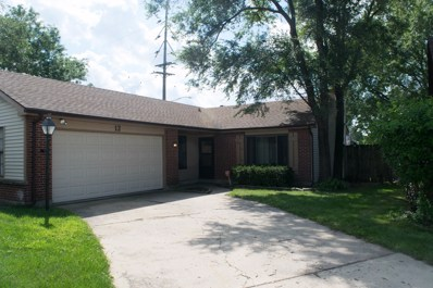 12 Southbury Court, Streamwood, IL 60107 - #: 10516018