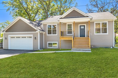 12389 Quassey Avenue, Lake Bluff, IL 60044 - #: 10532247