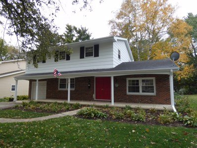 345 Maplewood Lane, Crystal Lake, IL 60014 - #: 10555881