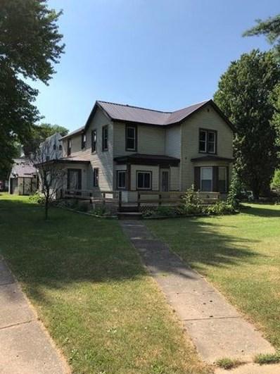 402 N Main Street, Chadwick, IL 61014 - #: 10561114