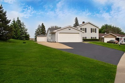 900 Rosedale Lane, Hoffman Estates, IL 60169 - #: 10562930