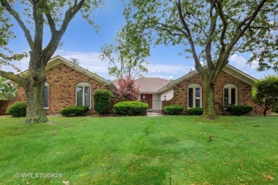 52 Kingston Drive, Oak Brook, IL 60523 - #: 10572422