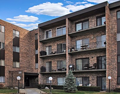 701 W Huntington Commons Road UNIT 103, Mount Prospect, IL 60056 - #: 10574624