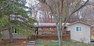 42W560  Hidden Springs, St. Charles, IL 60175 - #: 10578437