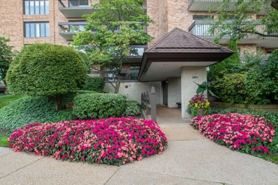 3801 Mission Hills Road UNIT 305, Northbrook, IL 60062 - #: 10623434