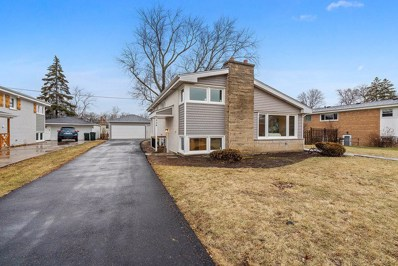 2528 Bel Air Drive, Glenview, IL 60025 - #: 10625350