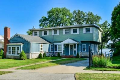 15 LAKEVIEW Drive, Mundelein, IL 60060 - #: 10627329