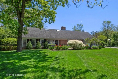 585 Meadowood Drive, Lake Forest, IL 60045 - #: 10656845