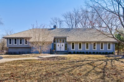 151 N Suffolk Lane, Lake Forest, IL 60045 - #: 10657688