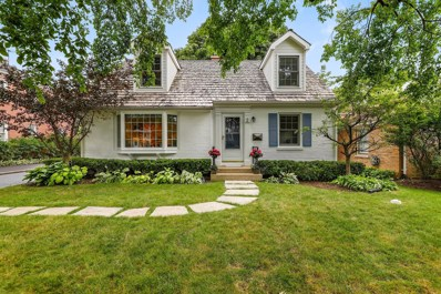 2 N June Terrace, Lake Forest, IL 60045 - #: 10663817