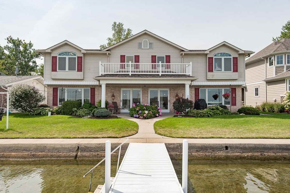 746 S Clear Lake Dr, Fremont