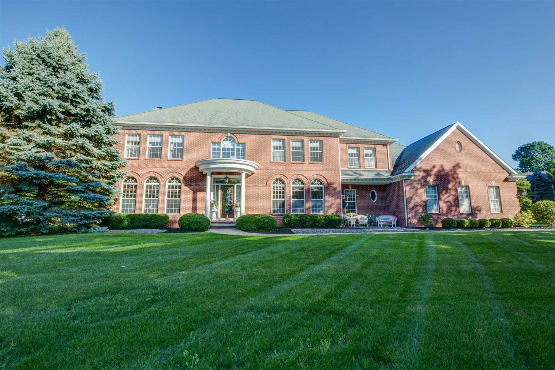 3351 Deer Lake Drive, South Bend