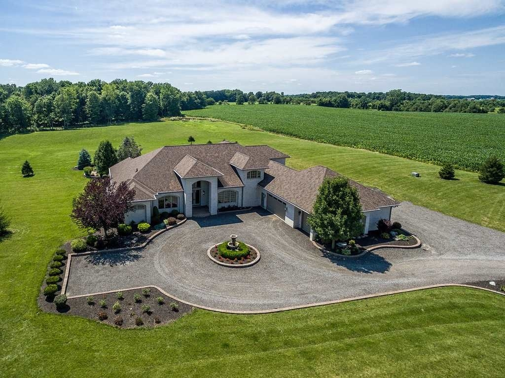 14818 N State Road 13, North Manchester