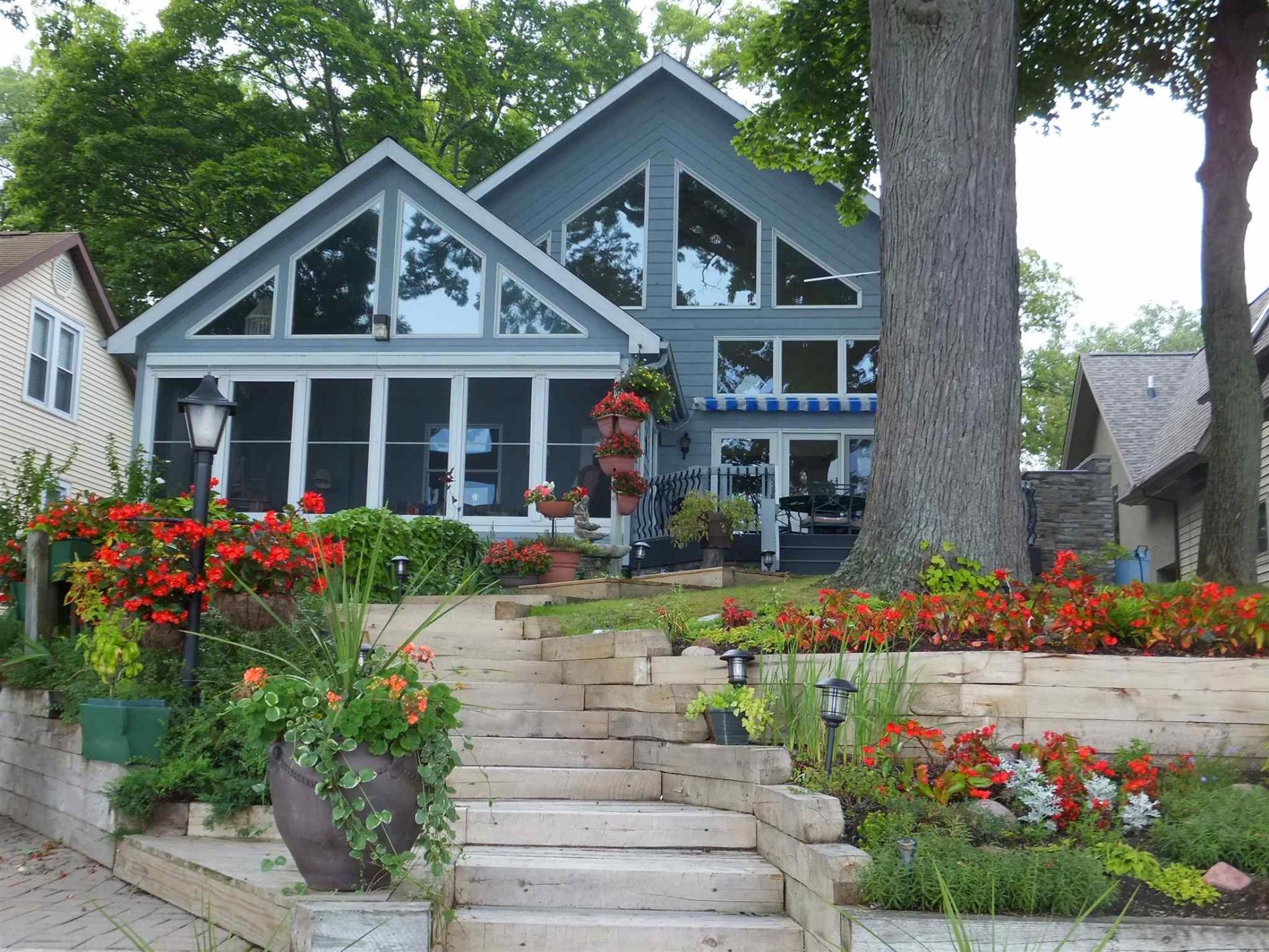 166 W Clear Lake Drive,