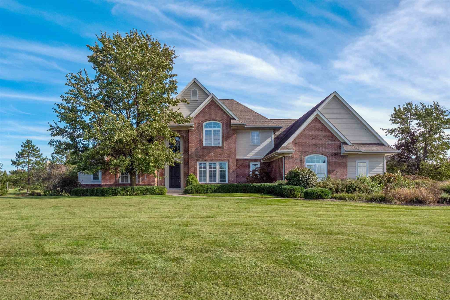 1615 Sycamore Hills Parkway, Fort Wayne
