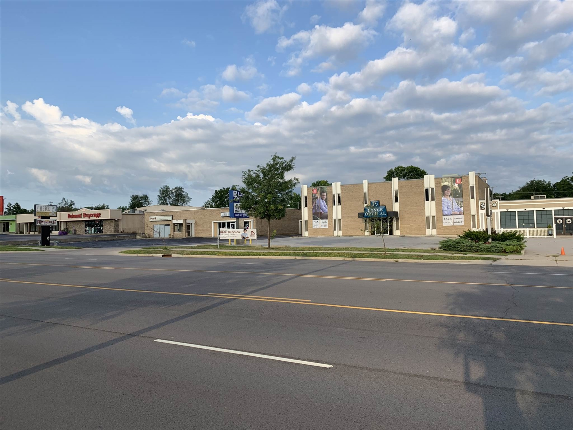 3407 N Anthony Boulevard,