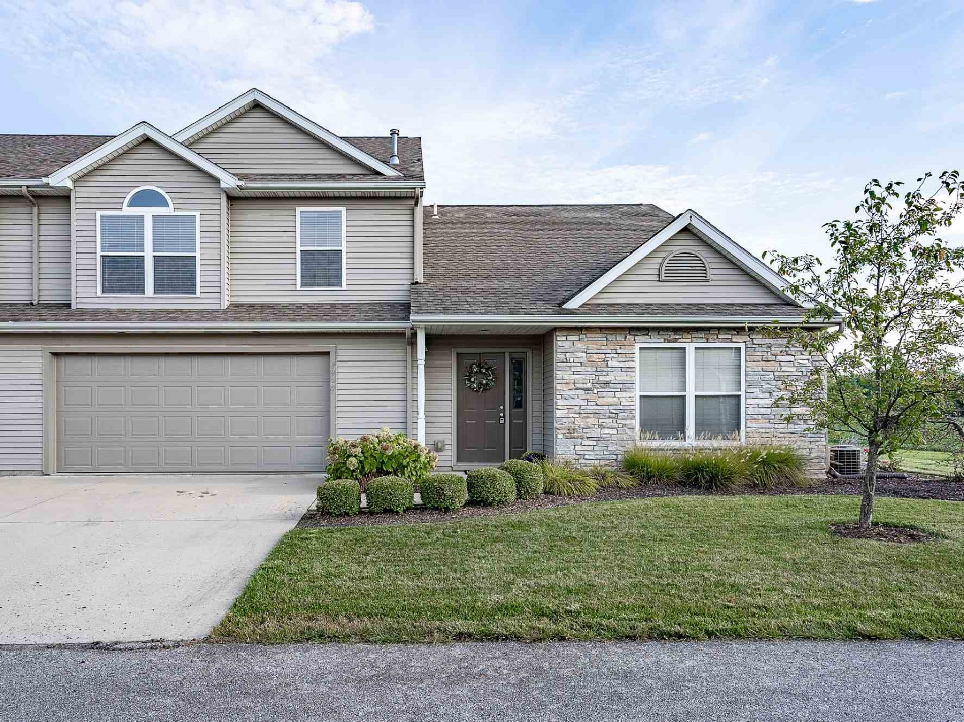 9922 Oak Trail Road,