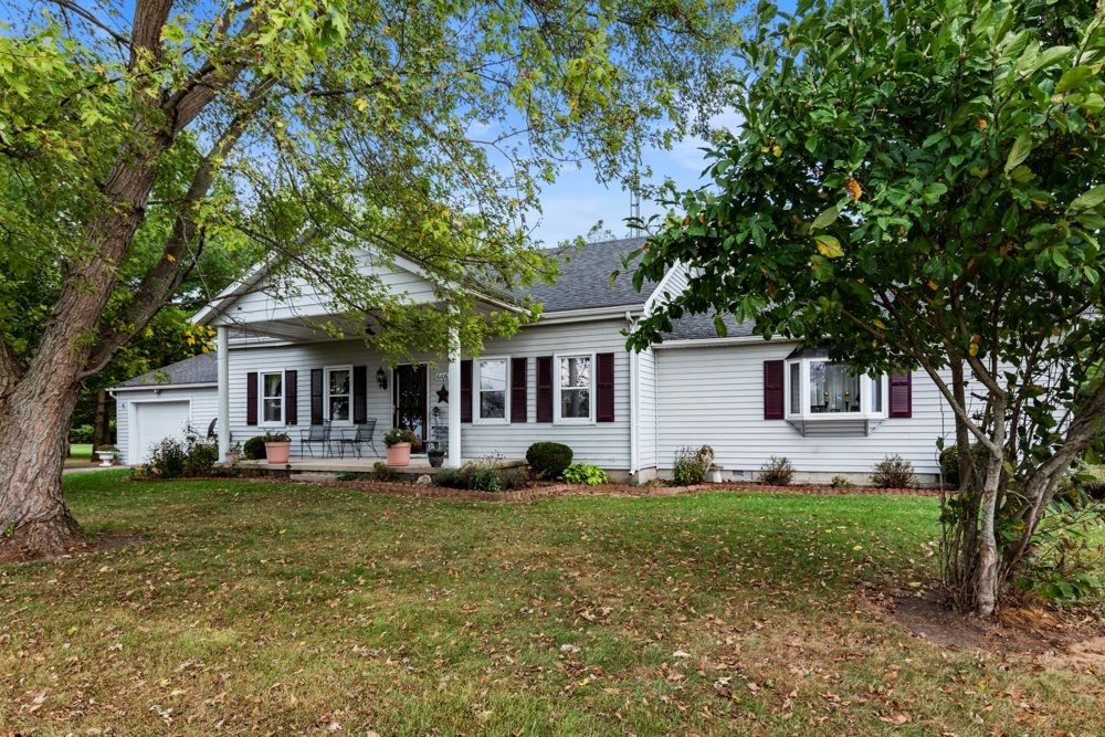 6106 W Maxville Road,