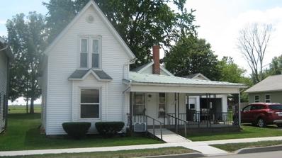 318 E Lake Avenue, Topeka, IN 46571 - MLS#: 201736444