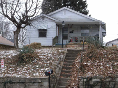 319 E Spring St., Bloomfield, IN 47424 - #: 201800405
