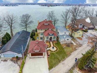 640 Ln 150H Hamilton Lake, Hamilton, IN 46742 - #: 201815582