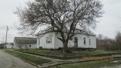 401 W 4th St, Brookston, IN 47923 - MLS#: 201815600