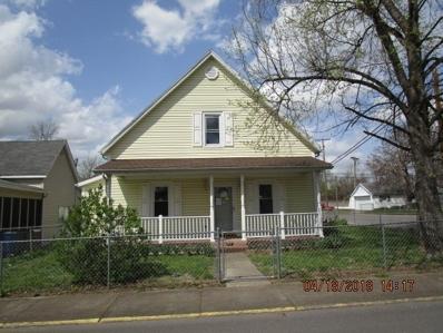 424 E Oak Street, Boonville, IN 47601 - #: 201818397