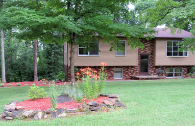 1191 N Lawrence Hollow Drive, Bloomfield, IN 47424 - #: 201818939