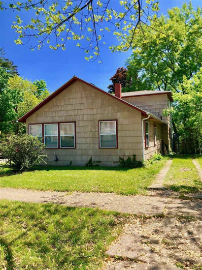 1802 S Twyckenham, South Bend, IN 46613 - #: 201822580