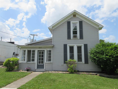 612 S Main St, Topeka, IN 46571 - MLS#: 201823147