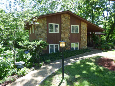 2303 S Woodbluff Court, Bloomington, IN 47401 - #: 201823519