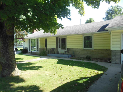 404 E Pickwick Drive, Syracuse, IN 46567 - #: 201835176