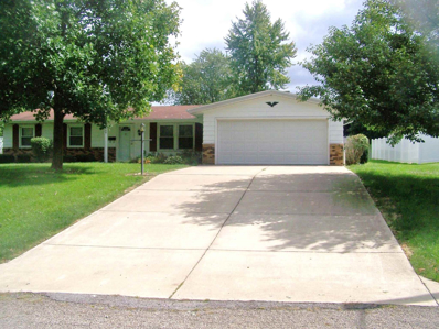 706 N Cherry Lane, South Whitley, IN 46787 - #: 201842478