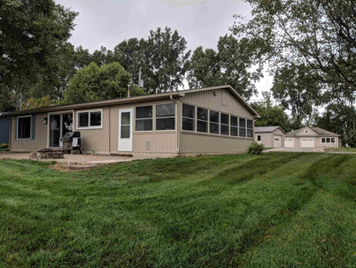 22 W Clear Lake Dr, Fremont, IN 46737 - #: 201843009