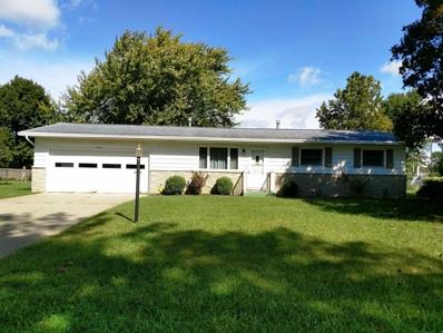 408 E Maple Grove, Syracuse, IN 46567 - #: 201843606
