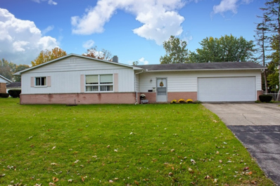 19684 Rolling Acres Drive, South Bend, IN 46614 - #: 201848967