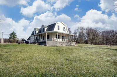 2820 S Golden Lake Road, Pleasant Lake, IN 46779 - MLS#: 201853358