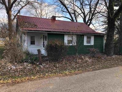 405 E Maple, Petersburg, IN 47567 - MLS#: 201853489
