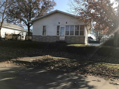 321 W 8th St, Bicknell, IN 47512 - #: 201853850