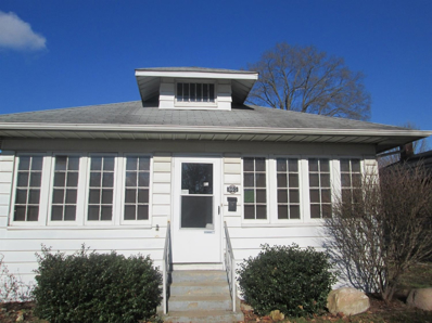 805 E Fairview Avenue, South Bend, IN 46614 - #: 201900793