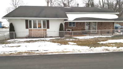 410 W Dixie, Silver Lake, IN 46982 - #: 201902843