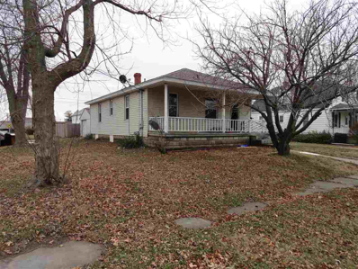 135 N Salem, Francesville, IN 47946 - #: 201908194