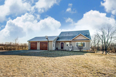 882 S 750 W, Angola, IN 46703 - #: 201909441