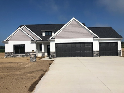 4732 S Round Hill, Columbia City, IN 46725 - #: 201917875