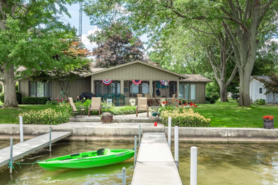 55 Lane 207A Hamilton Lake, Hamilton, IN 46742 - #: 201919608